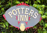 The Potters Inn Sign
